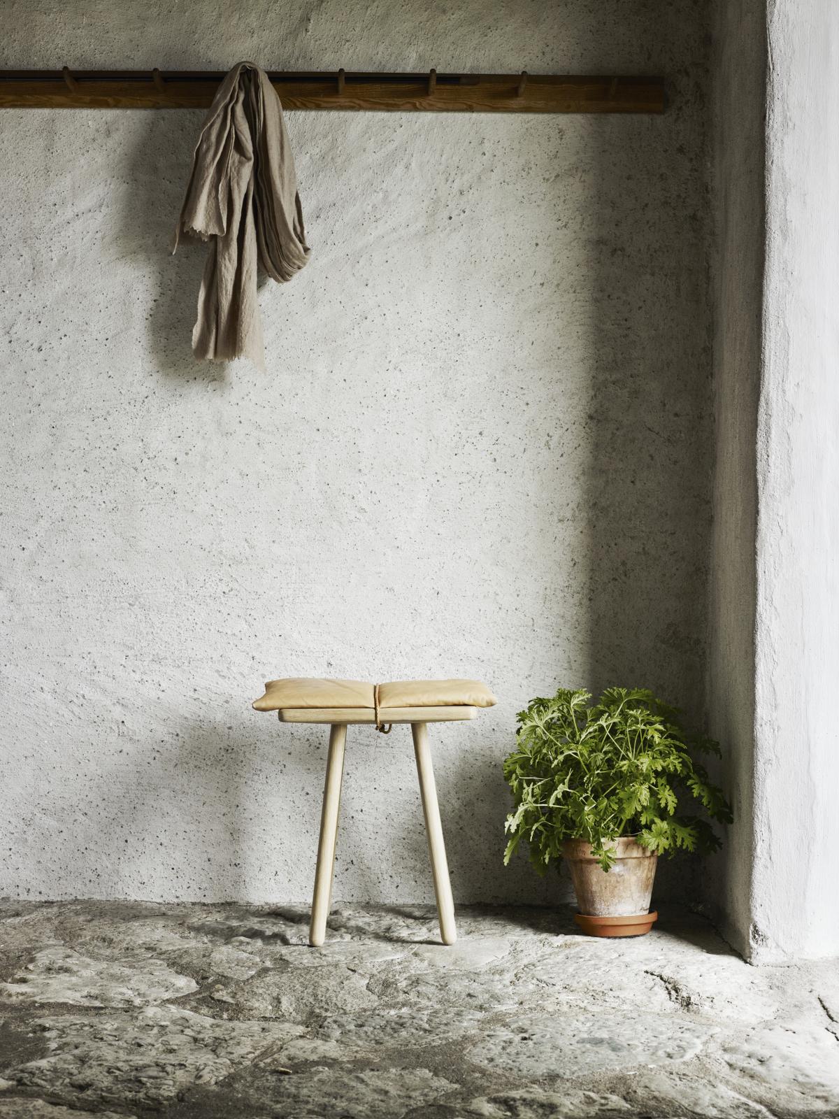 skagerak-denmark_1930337_george-jubiee-stool-02